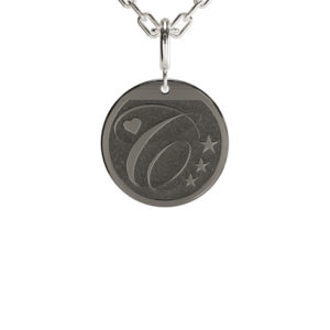 "<h2>Black rhodium</h2><p>Plating in a dark, almost anthracite colour, ideal for lovers of typically ""dark"" tones.</p>"